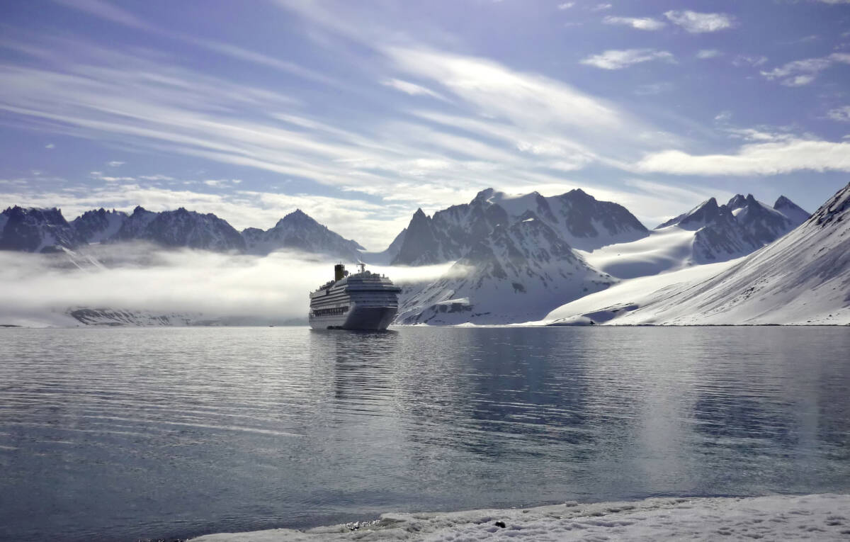 ship and ice